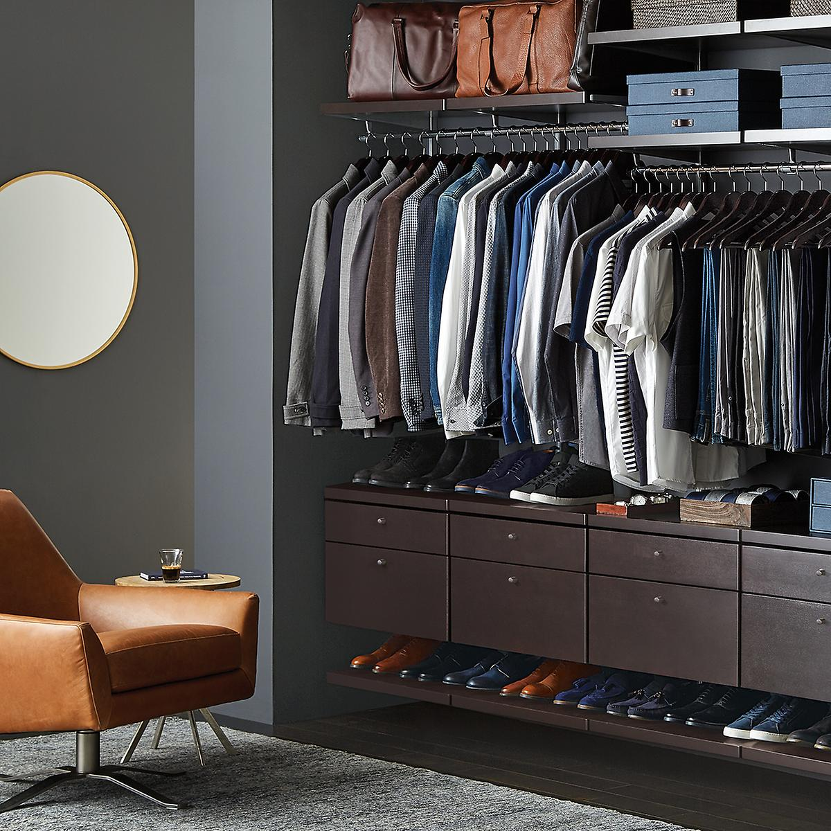 Elfa Decor Reach In Closet Walnut